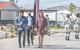 Llegada de la gobernadora electa Marina del Pilar Ávila Olmeda al evento presidencial en el cuartel de la Guardia Nacional