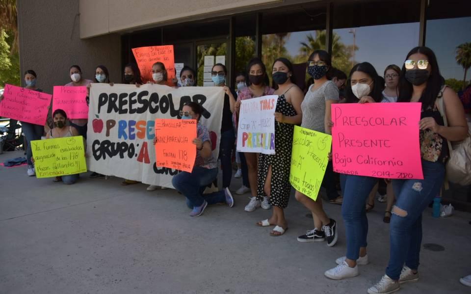 Maestras de preescolar piden plazas - La Voz de la Frontera